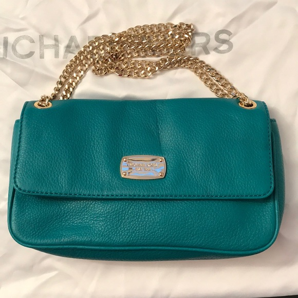 fbd1723e1614 Michael Kors chain purse